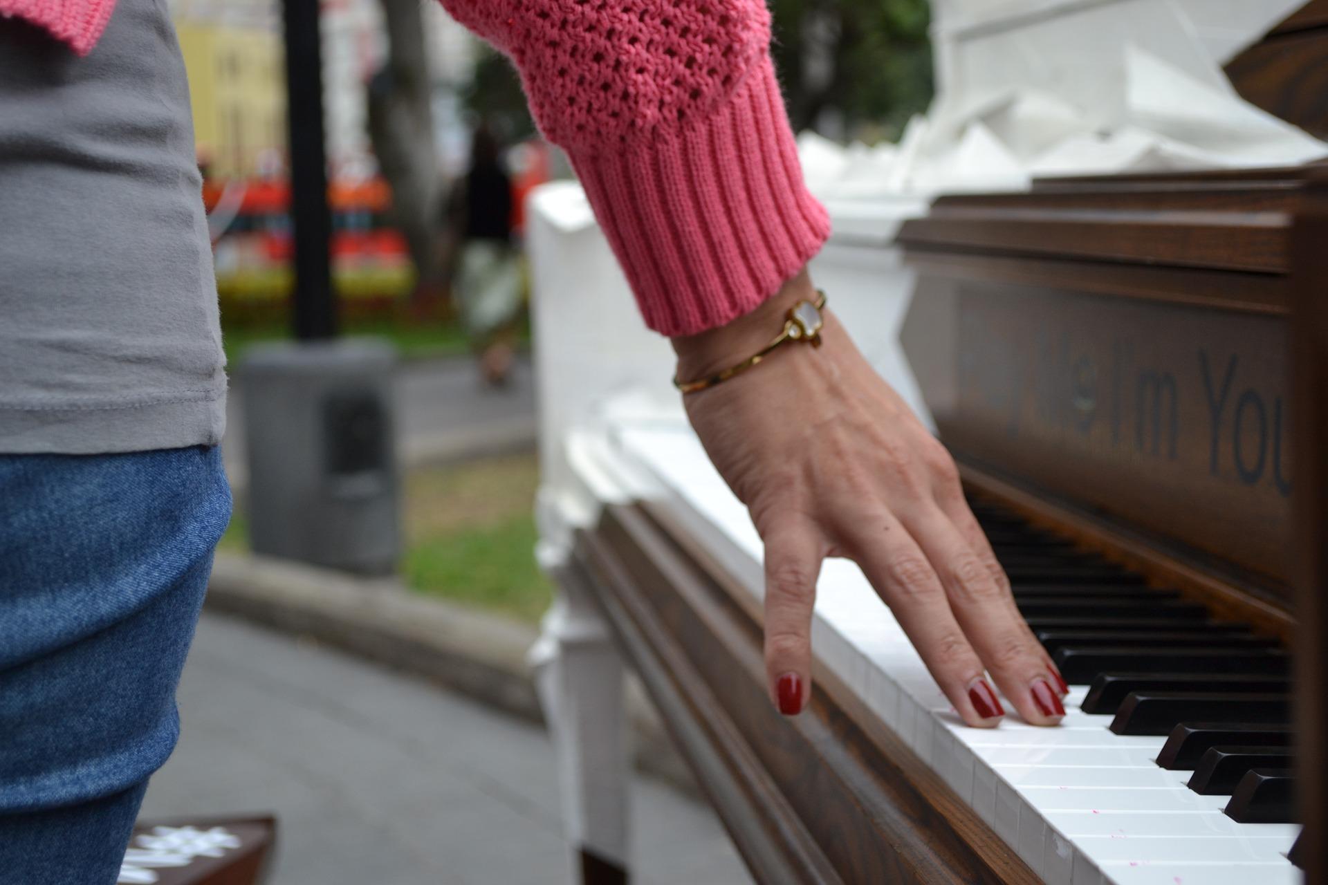 """Tragegurt Klavier"""" width="""